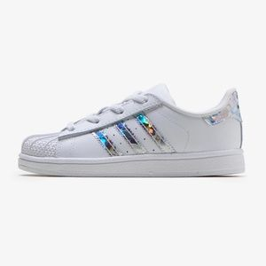 《 Adidas 》 Holographic Superstar Sneakers